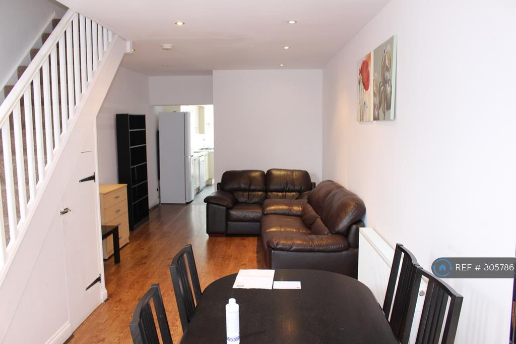 3 bedroom house in Harborne Park Road, Birmingham,