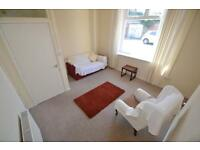 1 bedroom flat in Fanny Street, Cathays, Cardiff
