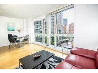 Studio flat in Ontario Tower, 4 Fairmont Avenue, Canary Wharf