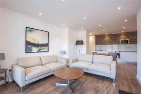 2 bedroom flat in Charlotte Court, 153 East Barnet Road, Barnet, EN4