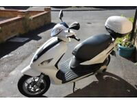 PIAGGIO FLY 125 SCOOTER GREAT CONDITION 2013