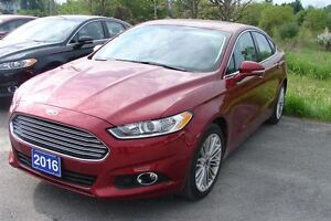 2016 Ford Fusion SE AWD  LOADED -ROOF,NAV,LEATHER AND MORE