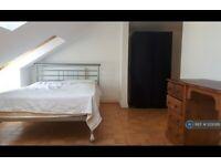1 bedroom in Cowley Road, Uxbridge, UB8 (#1200261)