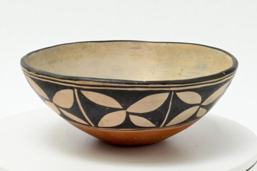 "Santo Domingo Bowl by Louisa Coriz; mid 20th century 3 1/2"" x 9"""