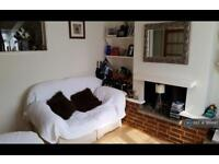 2 bedroom house in Chatterton Road, Bromley, BR2 (2 bed)