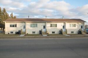 Alberta Four Plex: 2 Bedroom Plus Den - Free April Rent!