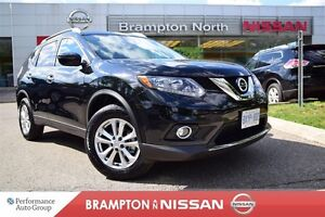 2016 Nissan Rogue Dealership Demo SV AWD *Moonroof Package *Rear