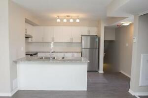 3 BEDROOM LOFT ~ Private roof-top terrace (NORTH YORK)