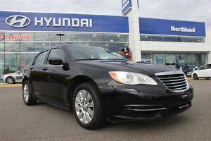 2014 Chrysler 200 LX/ Power Windows & Locks/ Traction Control/ A