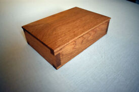 Solid Oak Keepsake Box with Hand Cut Dovetail Joints.
