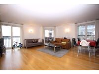 BEAUTIFULLY FURNISHED 2 BEDROOM WITH EXTENSIVE LEISURE FACILITIES IN PIERPOINT BUILDING,CANARY WHARF