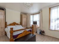 ****3 Bedroom House fully furnished ****