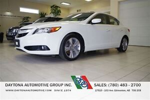 2013 Acura ILX PREMIUM NO ACCIDENTS ONE OWNER