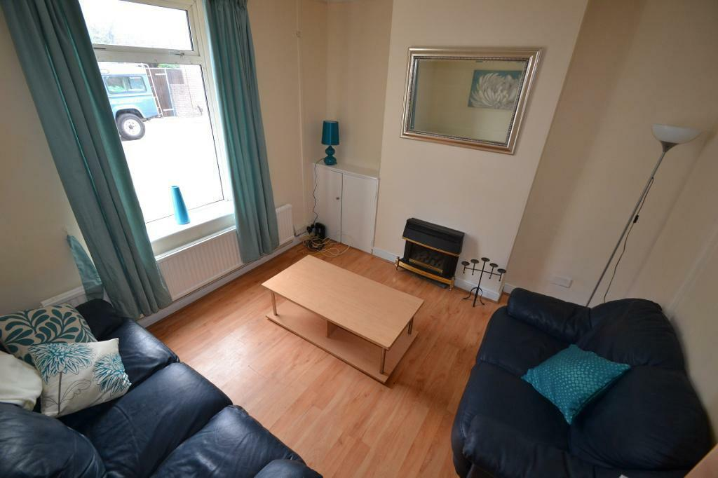 4 bedroom house in Letty Street, Cardiff, Cardiff
