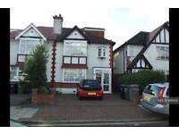 4 bedroom house in The Glen, Wembley, HA9 (4 bed)
