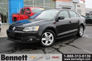 2011 Volkswagen Jetta 2.5L Highline - Leather, Sunroof, Heated s