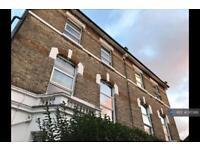 1 bedroom flat in Birkbeck Road, London, W3 (1 bed)