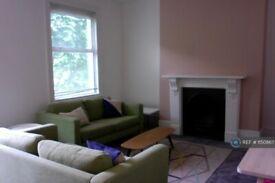 1 bedroom flat in Lowman Road, London, N7 (1 bed) (#1150867)