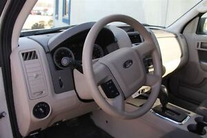2009 Ford Escape XLT Automatic 3.0L Windsor Region Ontario image 8