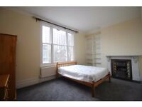 !!!! SPACIOUS AND BRIGHT DOUBLE BEDSIT IN AN ABSOLUTE PERFECT LOCATION !!!!