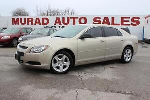 2011 Chevrolet Malibu Clean car !!