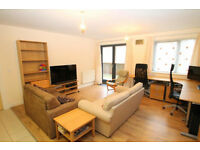 Spacious 1 Bed flat w/outdoor space to rent - less than 5 minutes walk from Gravesend Station