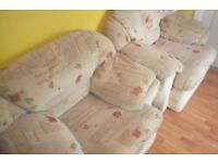 2 Single Seater Armchairs £15 each (Collection Only)