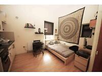 Studio flat in Angell Road, Brixton