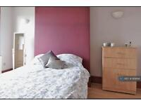 1 bedroom in Reighton Road, London, E5