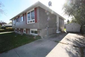 Ready for move in! 4 bedroom semi on Cardiff Dr