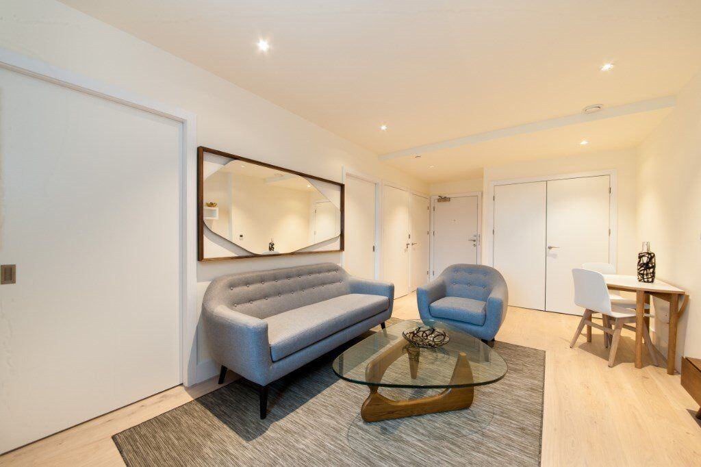 A Beautifully Appointed Manhattan Style Luxury One Bedroom Apartment Extraordinary One Bedroom Apartments In Manhattan Style Collection