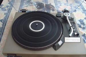 Technics SL-23 Turntable