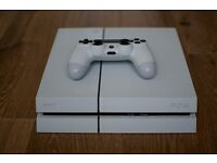 White Sony Playstation 4 500GB