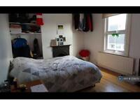 3 bedroom house in Stanwell New Road, Staines-Upon-Thames, TW18 (3 bed)