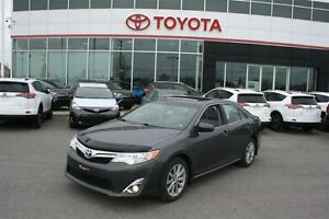 2014 Toyota Camry XLE **CUIR/TOIT/NAVIGATION**