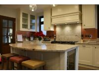 Bespoke cabinet maker, carpenter, designer (kitchen, wardrobe, library, study, alcoves)