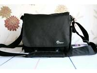 Lowepro Urban 150 messenger bag