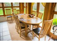 8 seat extending oak table +8 chairs