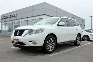 2015 Nissan Pathfinder SL Navi & Sunroof  FREE Delivery