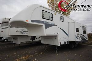 2005 Glendale Titanium 25E30DS 2 extension  Fifth-wheel de 30...
