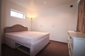 Studio flat situated off Whitton Avenue East