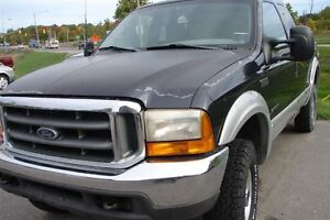 1999 Ford F-350 XLT Hard to find a a truck like this one.r