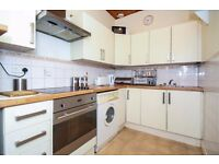 To Rent - Beautiful 2 bedroom flat near to Cambuslang Rail station, Main street