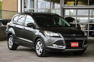 2016 Ford Escape SE - FWD Ecoboost Local One Owner With low kms