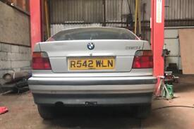 BMW E36 Compact - Breaking for Parts.