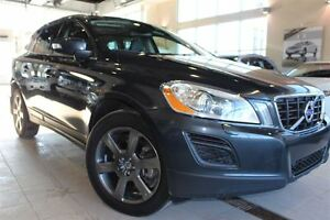 2013 Volvo XC60 T6 | AWD | Leather| Sunroof