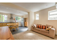 Professionals required for 4 bed house, Cowley, nr business park