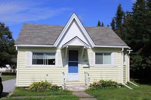 **New Price Reduction!! Cozy 2 Bedroom Home for Rent East