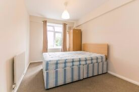 AMAZING VALUE FOR MONEY - 3 BED - CLAPHAM - NEW REFURB - PRICED FOR QUICK LET