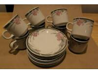 Set Of 8 Cups & Saucers With Flower Design